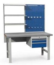 Stanowisko montażowe Table 500 C7, wyposażone w panel narzędziowy, półki i szuflady. 1530x800mm.